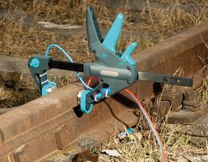 Зажим струбцина Кельвина с двухпроводным кабелем