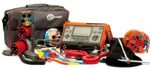 Измеритель параметров электробезопасности электроустановок MPI-520 с набором стандартных и дополнительных аксессуаров.